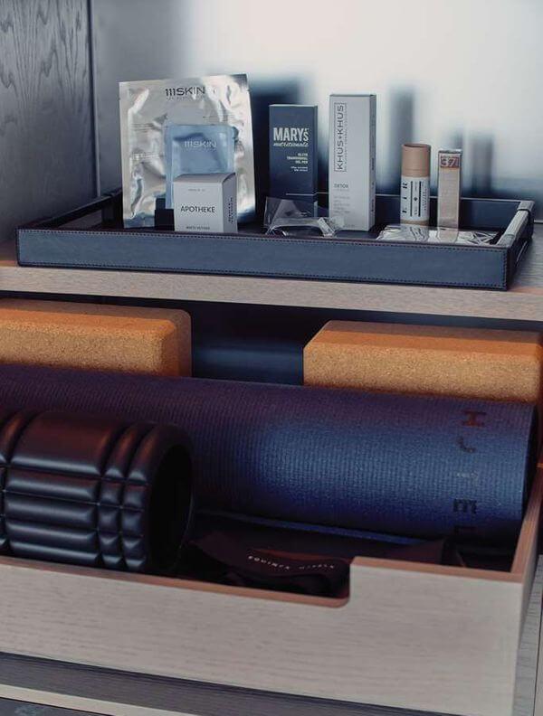 Equinox酒店房间瑜伽垫